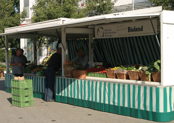 Marktstand in Efringen-Kirchen